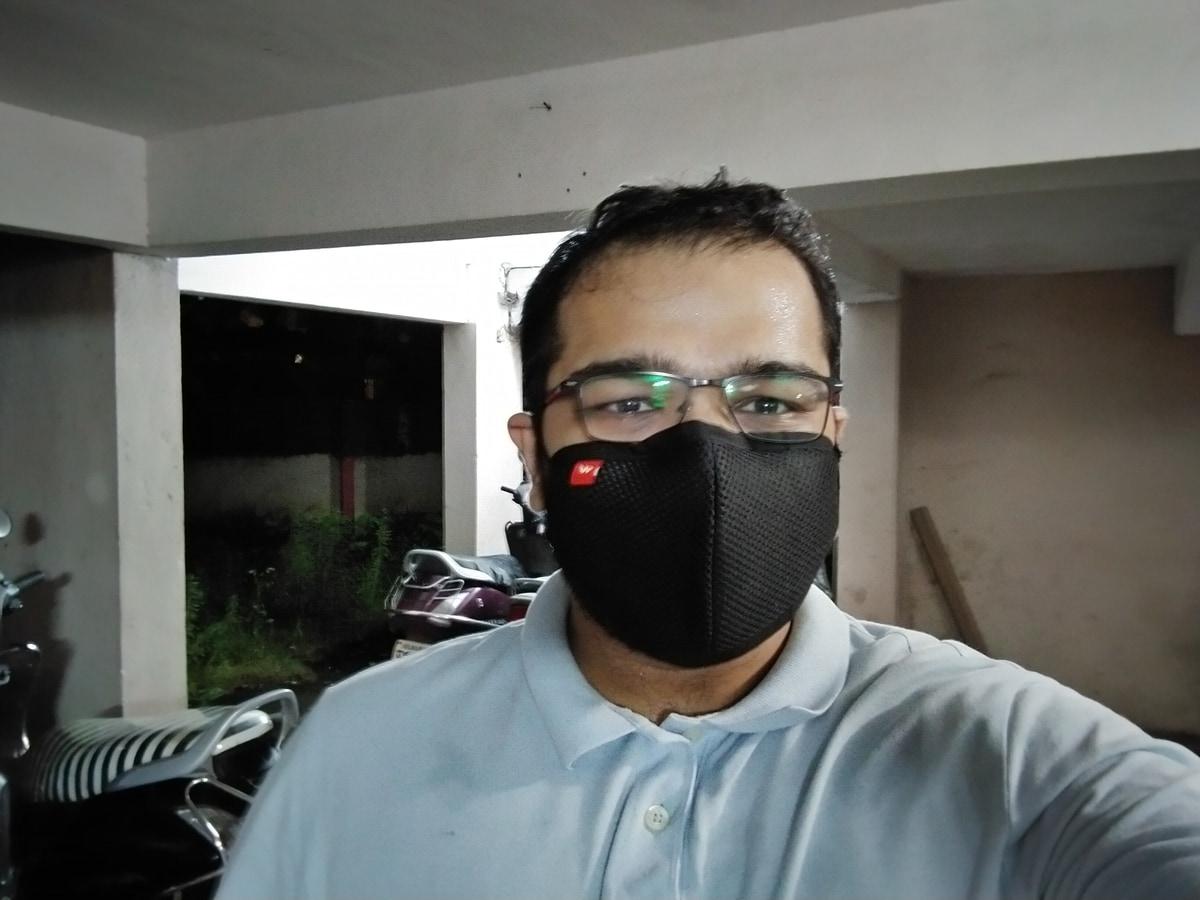 lowlight selfie gadgets360 1598959175957